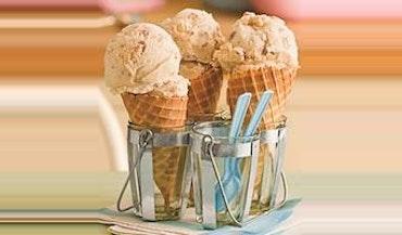Homemade Peach-and-Toasted Pecan Ice Cream