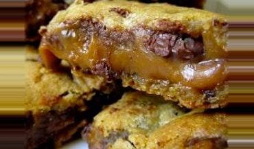 Caramel Chocolate Chip Bars